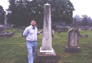 The author at the graveside of Louis Manierre Jr.